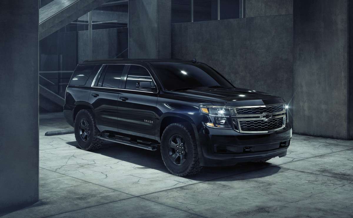 chevy 39 s new tahoe custom midnight is the black ops car of your dreams acquire. Black Bedroom Furniture Sets. Home Design Ideas