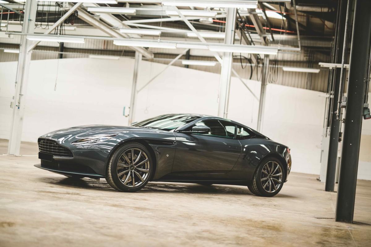 Q_by_Aston_Martin_Classic_Driver