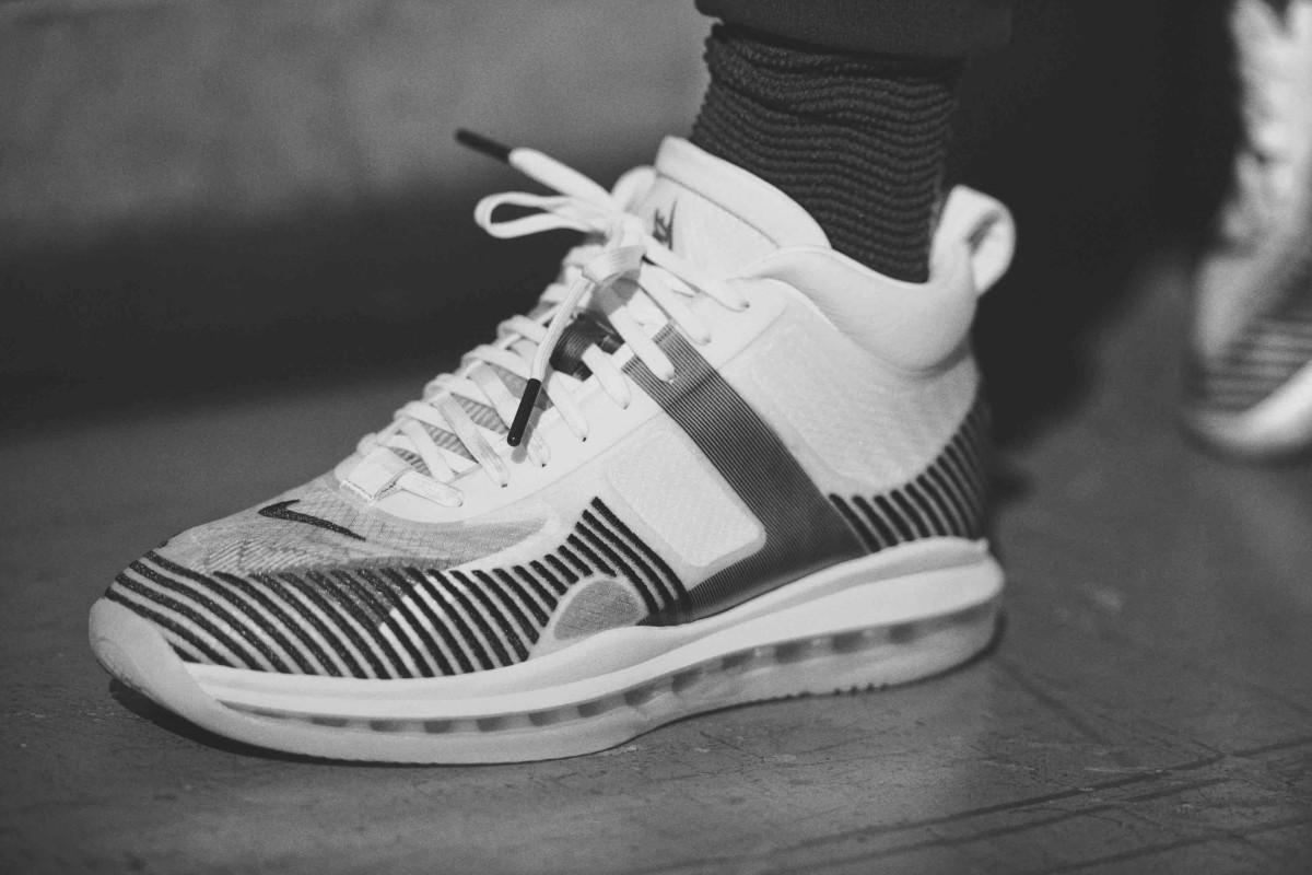 Nike John Elliott x Lebron