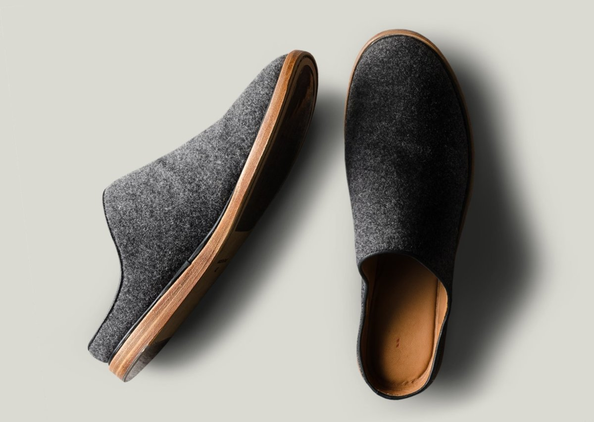 Hard Graft In & Out Slip Ons