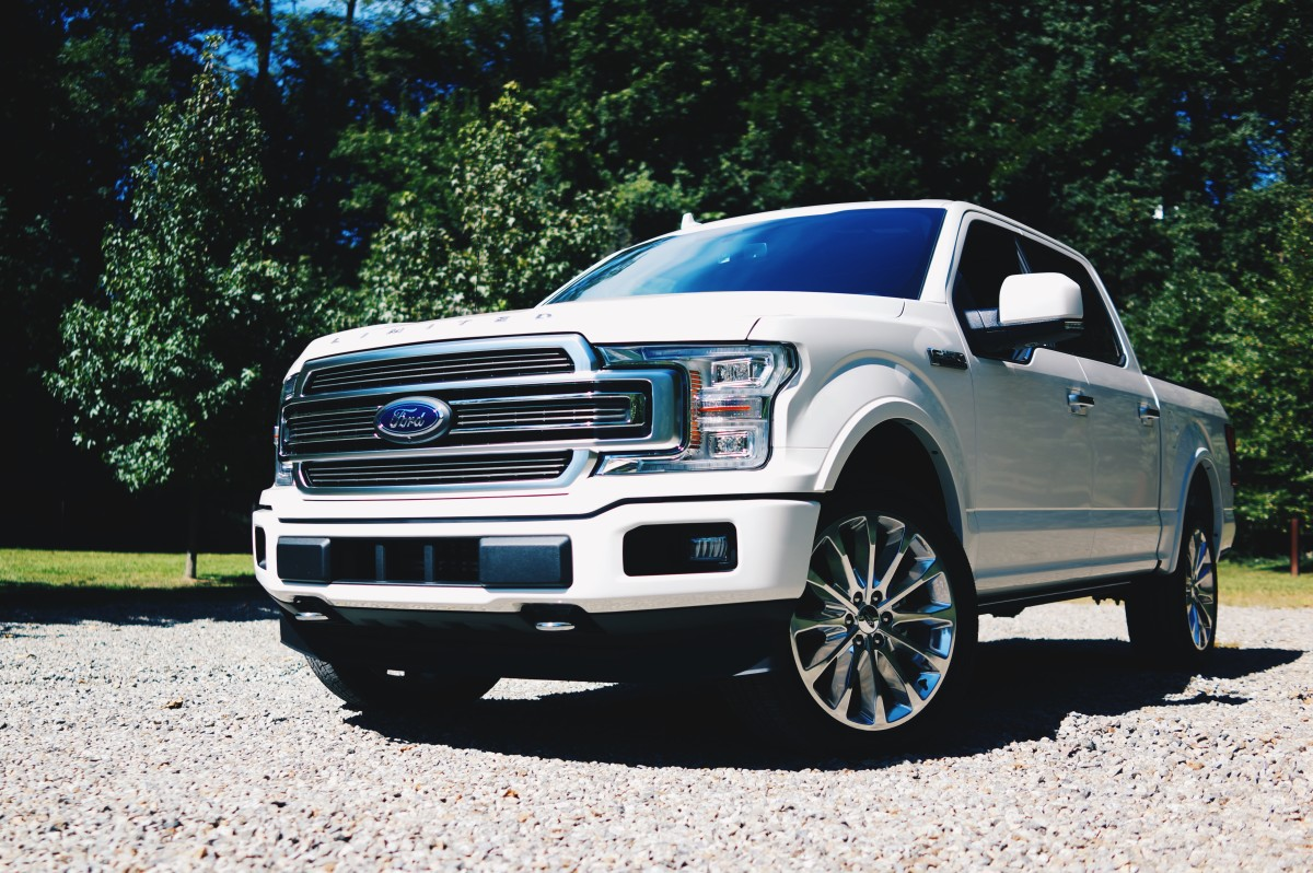 top of the line truckin 39 in the 2018 ford f 150 limited. Black Bedroom Furniture Sets. Home Design Ideas