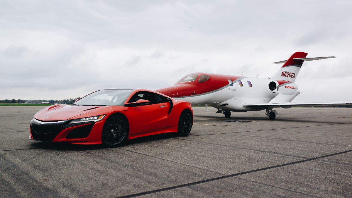 Honda 39 s crown jewels a look at the hondajet and the acura for Honda private jet