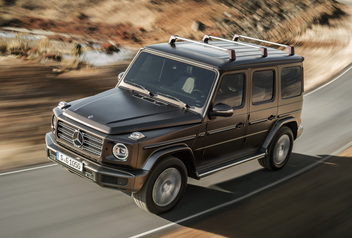 The Mercedes G Class Keeps Its Vintage Looks Adds A Roomier