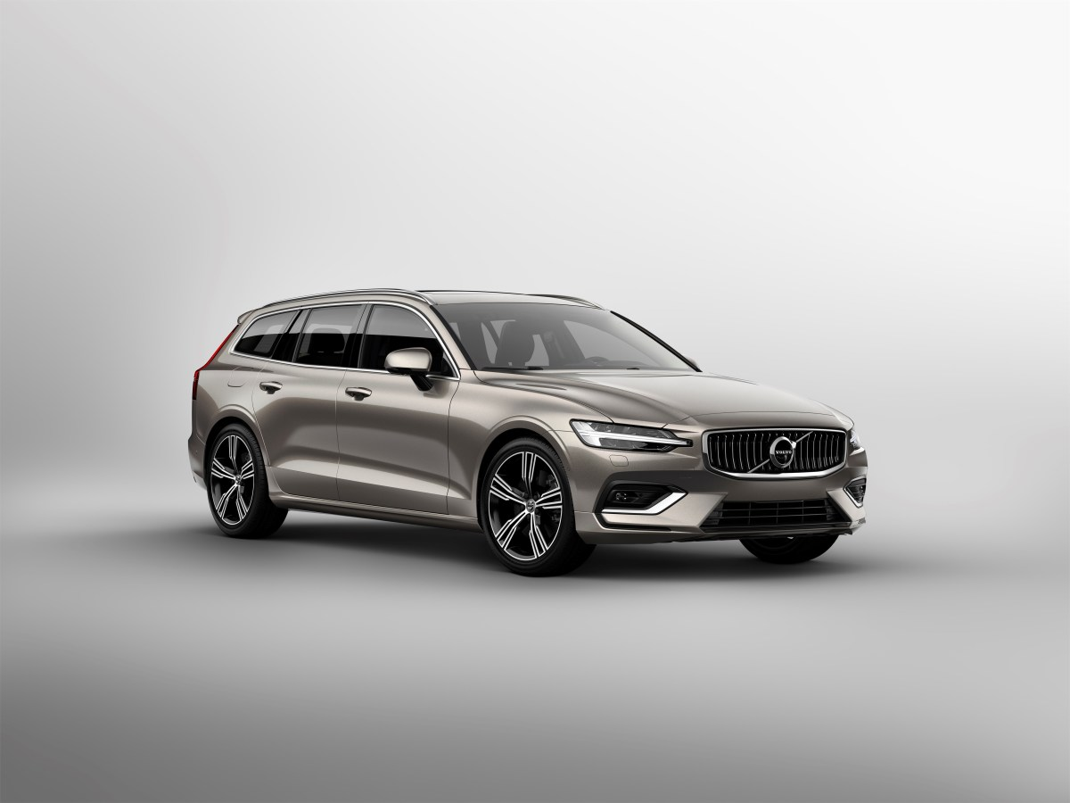 223562_New Volvo V60 exterior