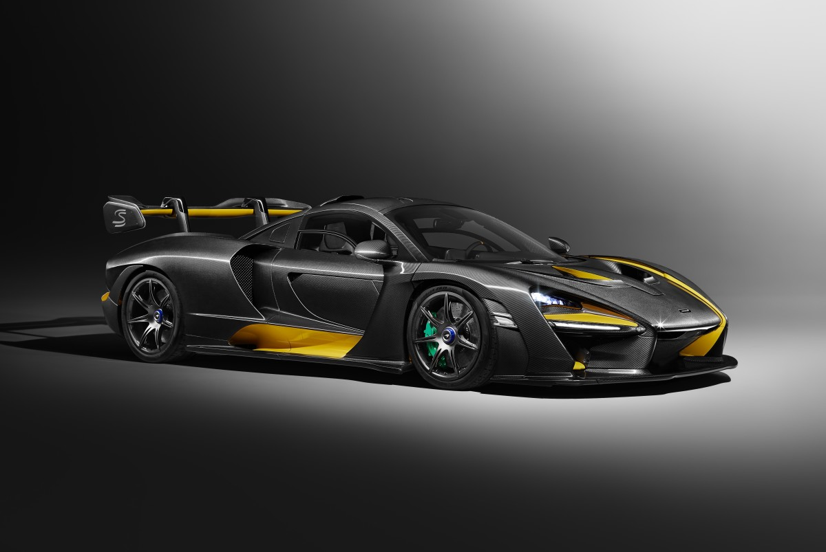 The McLaren Senna gets a jaw-dropping 'Carbon Theme'