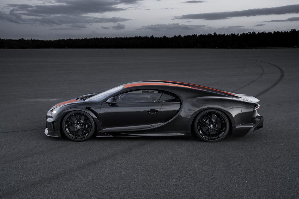 Bugatti Chiron 300 mph