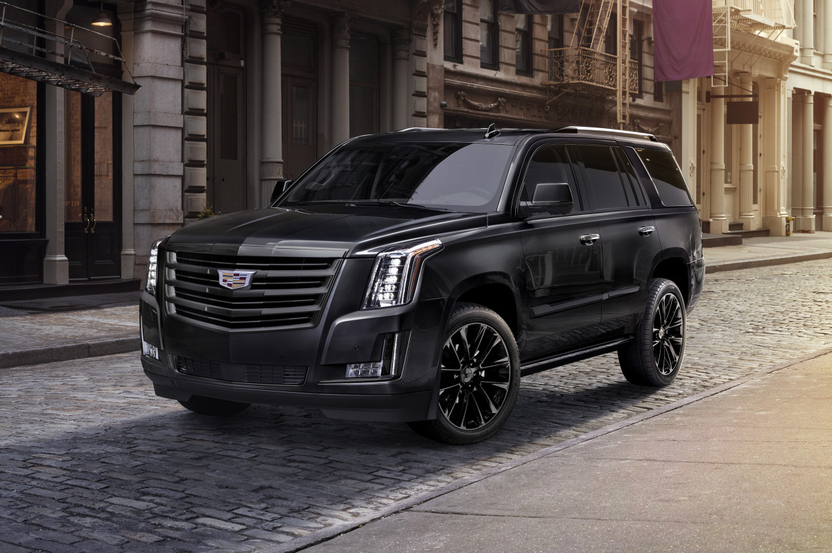 Blacked Out Cars >> Cadillac blacks out the Escalade with the new Sport ...