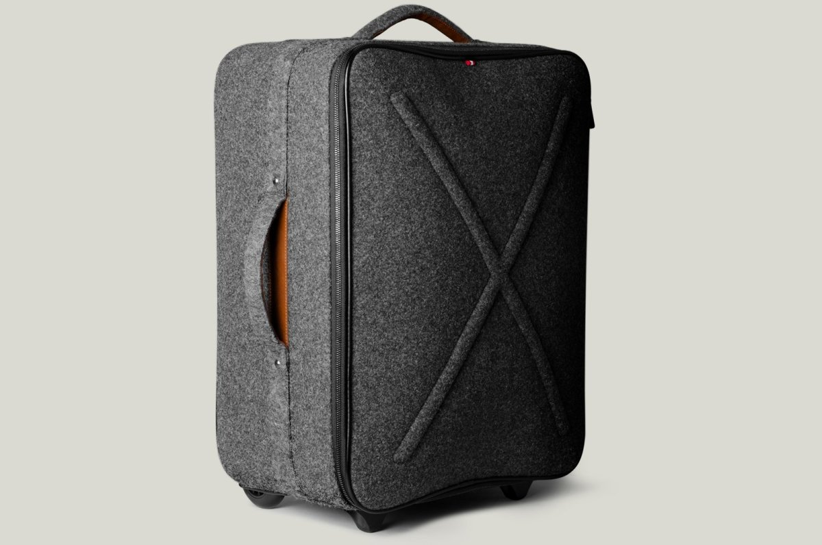 Hardgraft Worldly Cabin Suitcase