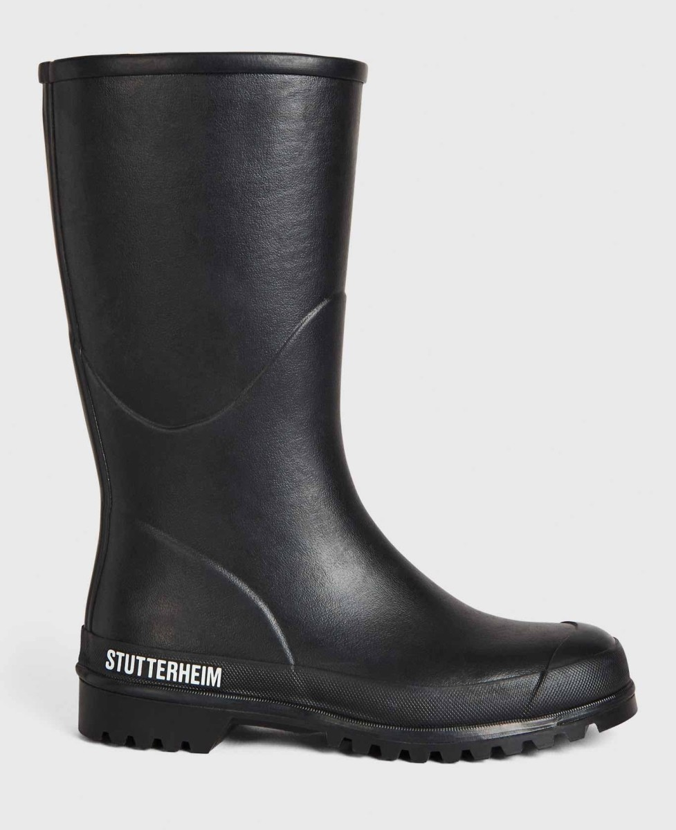stutterheim_tpd_unisex_wellingtonboot_warmdo_black_front_downsized