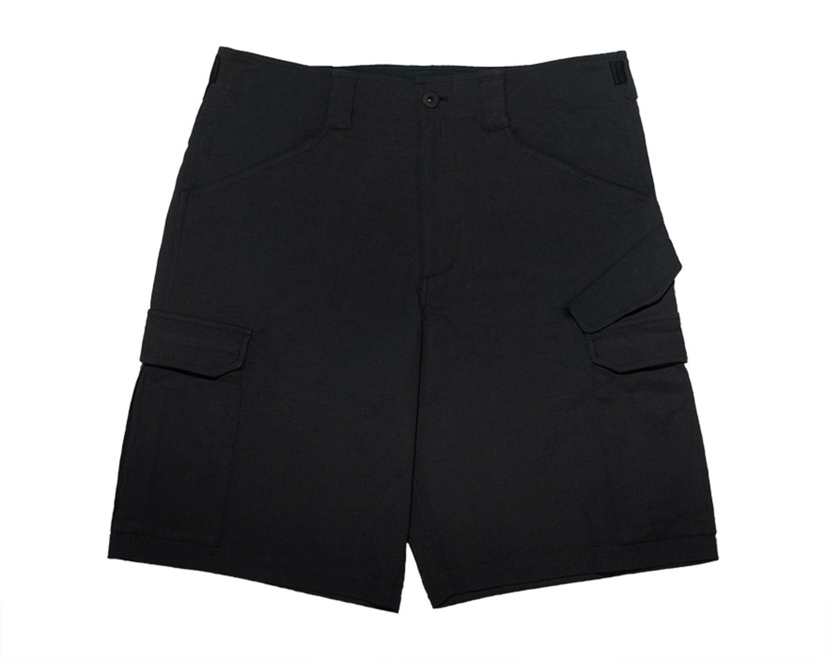 201-Outlier-Experiment246-Futurecargoshorts-Front