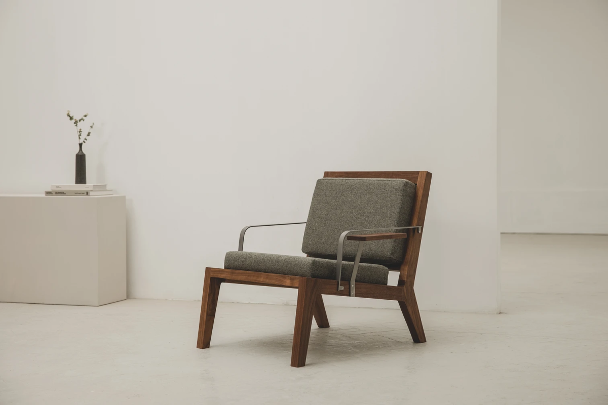 Instrmnt Lounge Chair