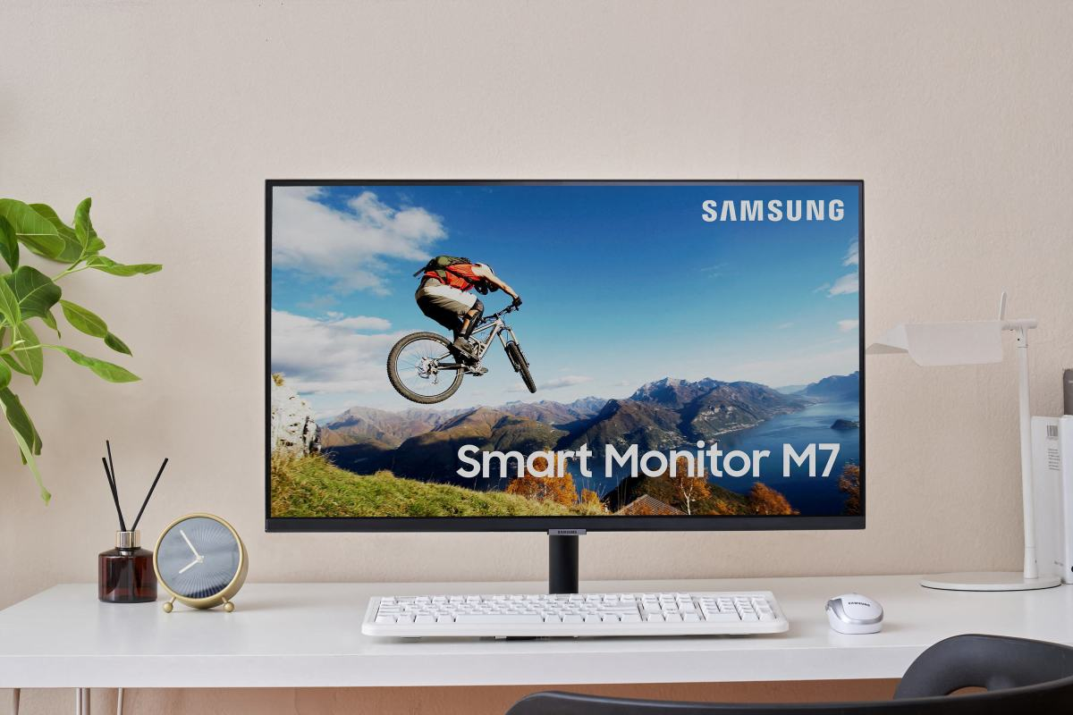 Samsung M7 M5 Monitors