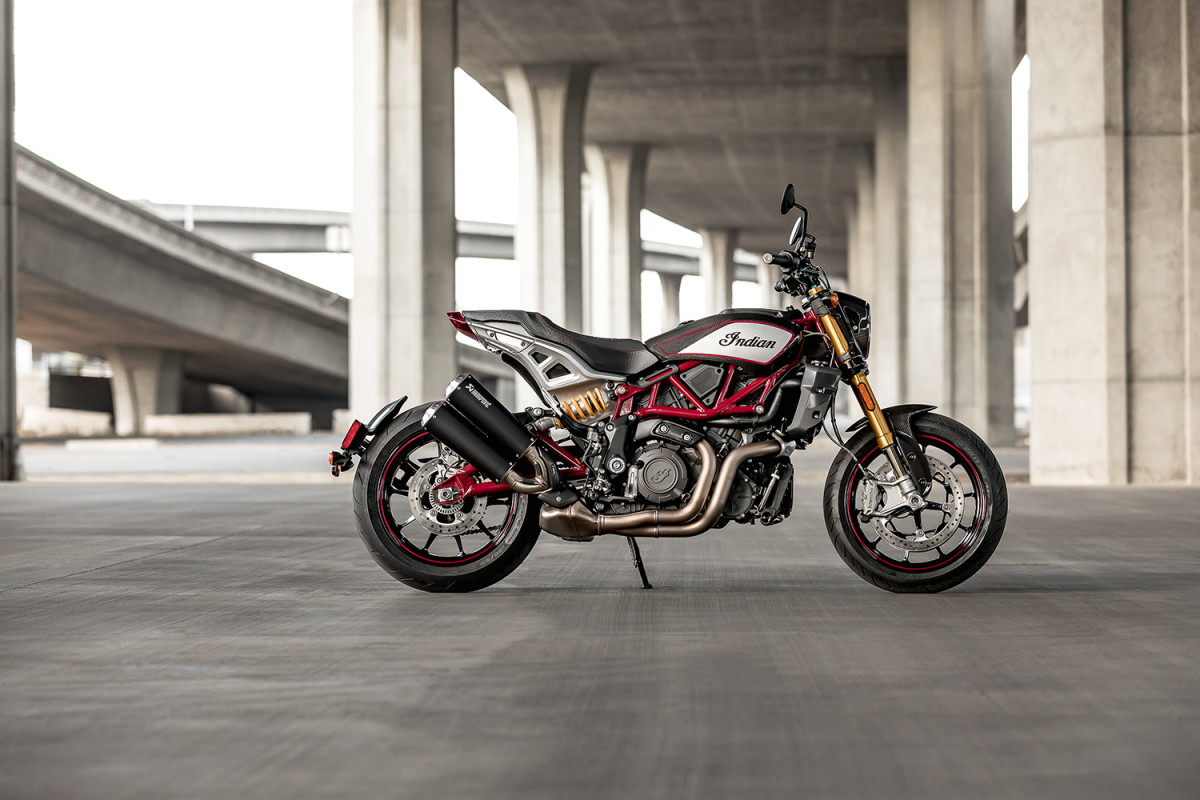 2022 Indian Motorcycle FTR R Carbon