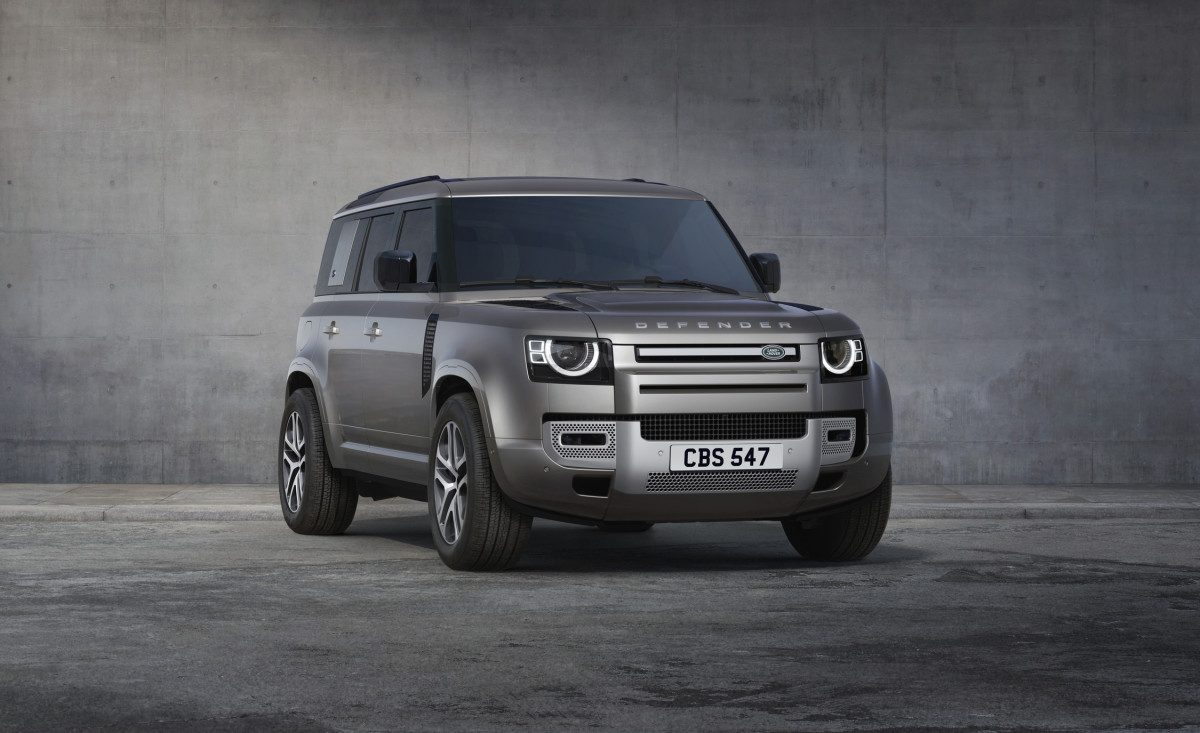 Land Rover Defender XS Edition