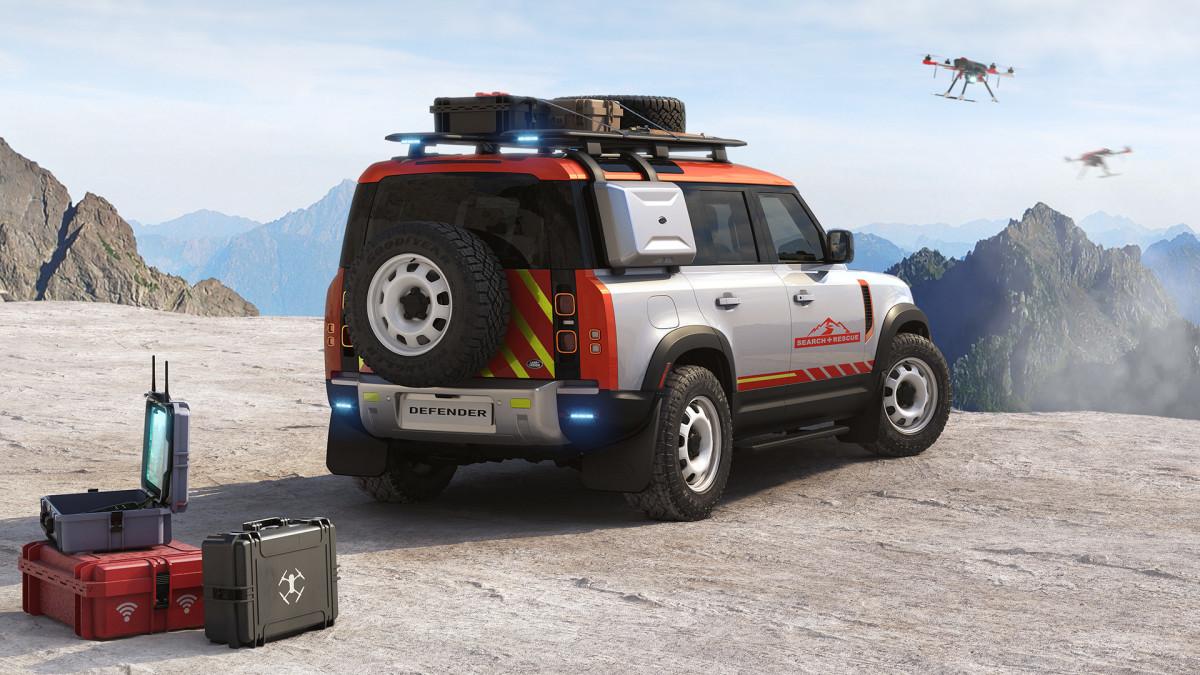 Land Rover Above & Beyond Service Award