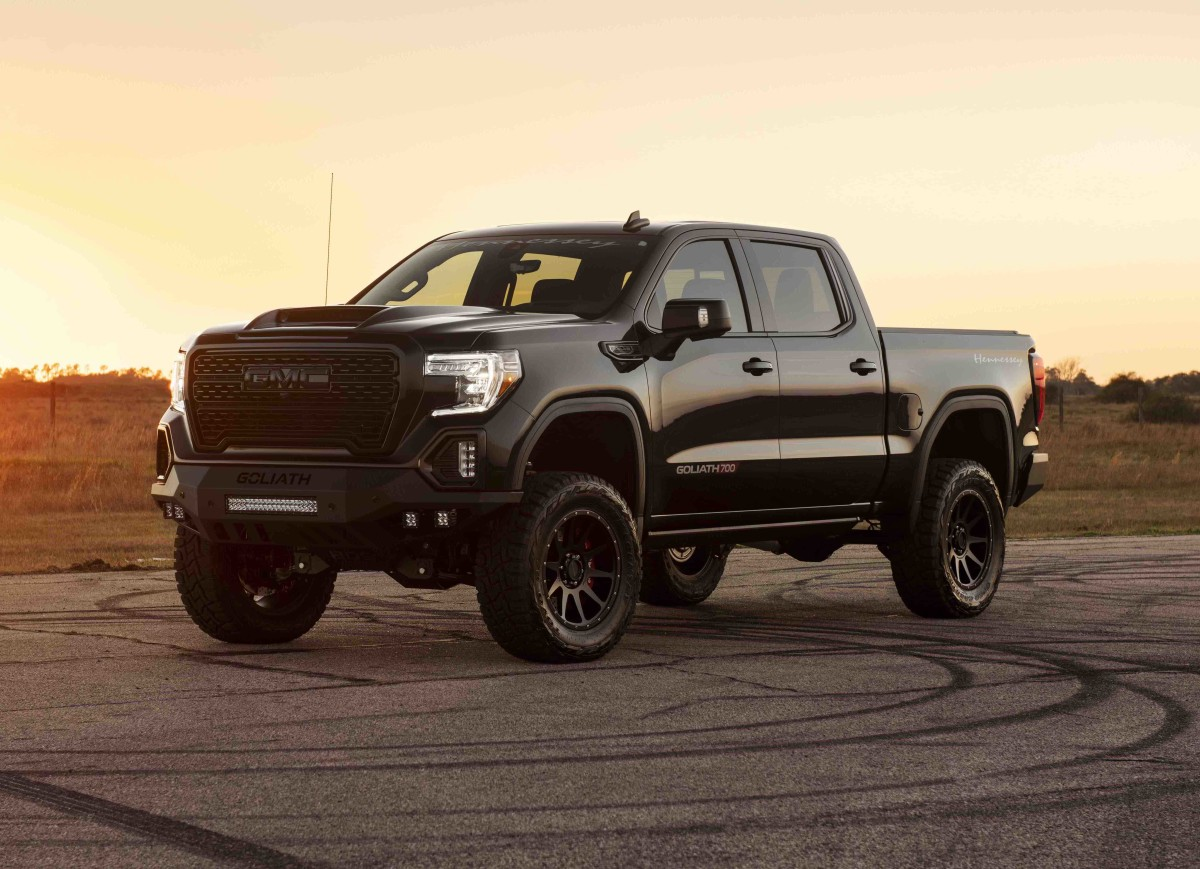 Hennessey Performance Goliath 700