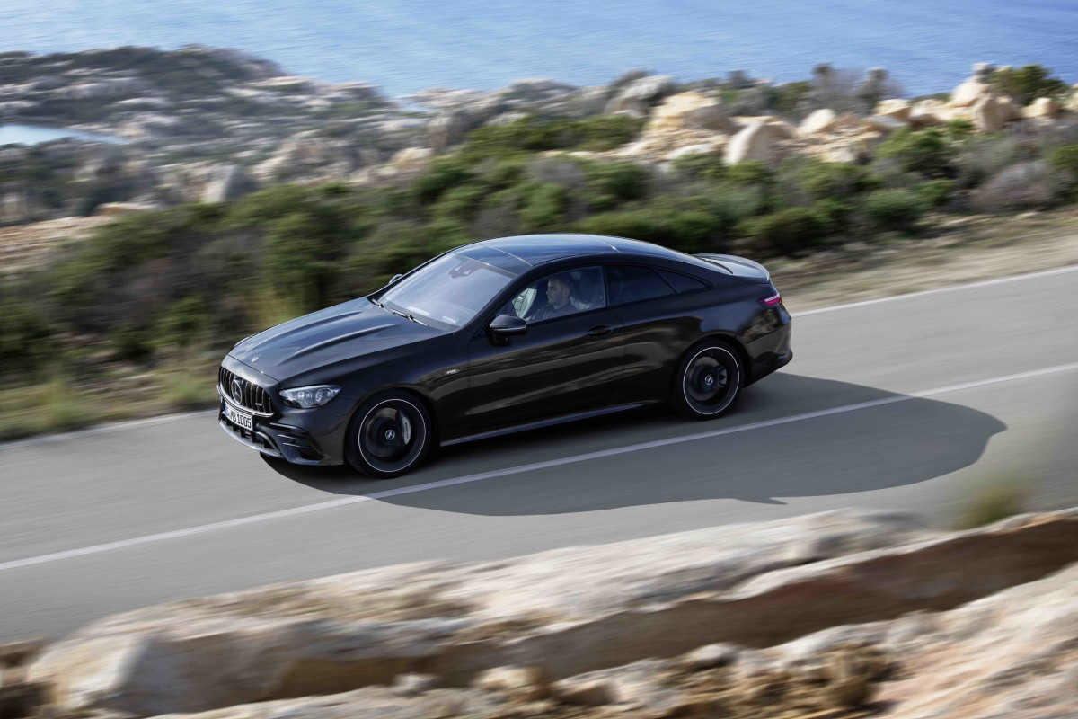 Mercedes-AMG debuts the refreshed 2021 E53
