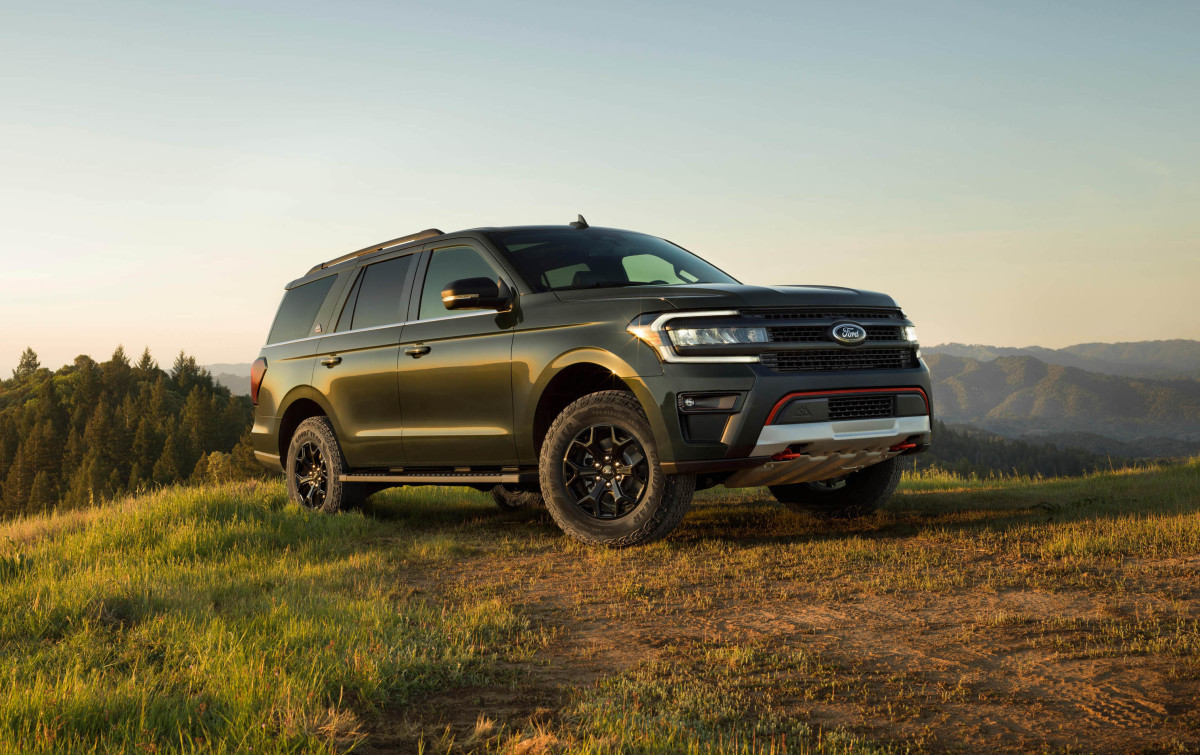 2022 Ford Expedition Timberline Series_02 copy