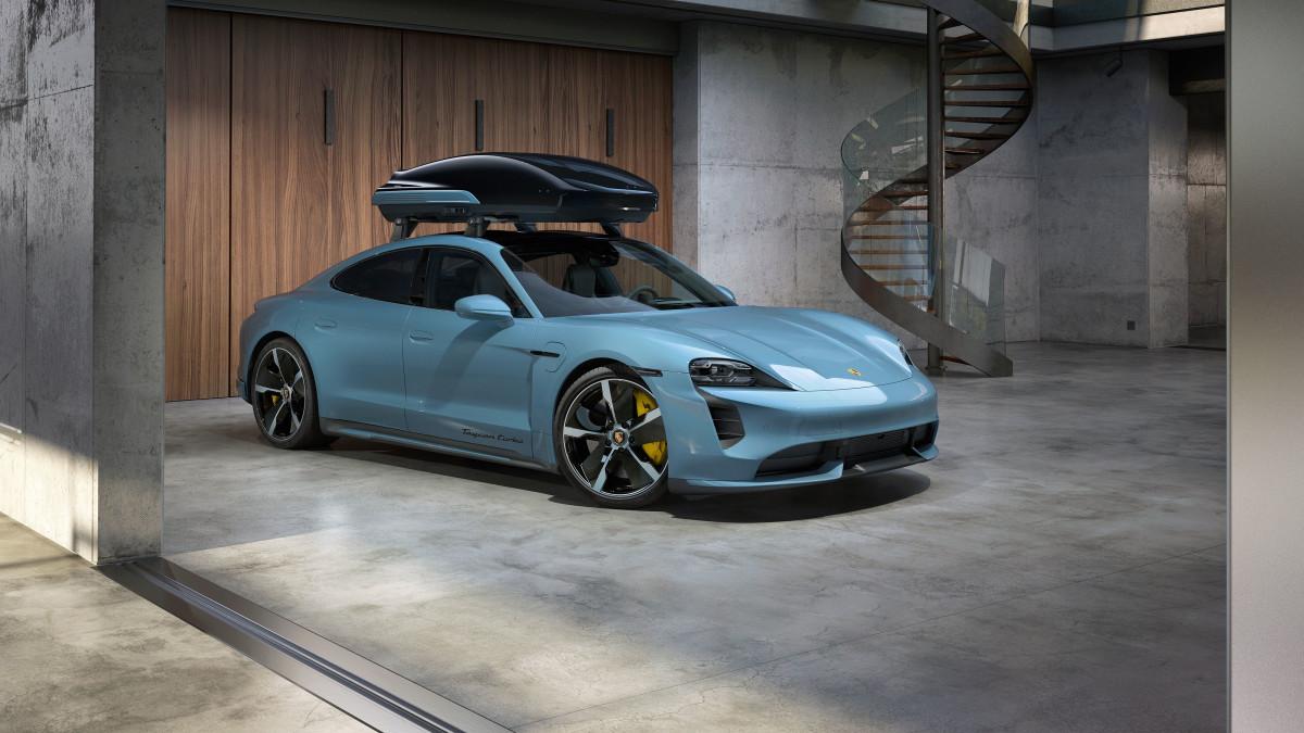 Porsche Tequipment Roof Box Taycan