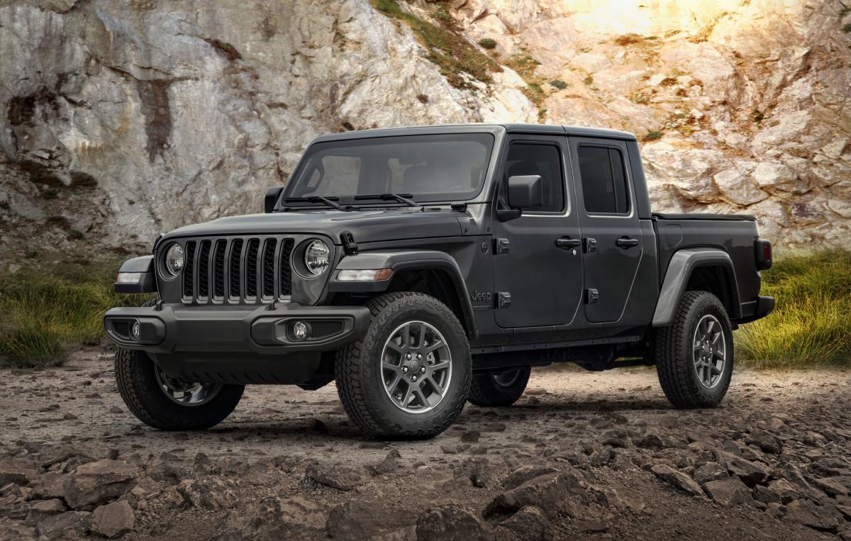jeep-gorilla