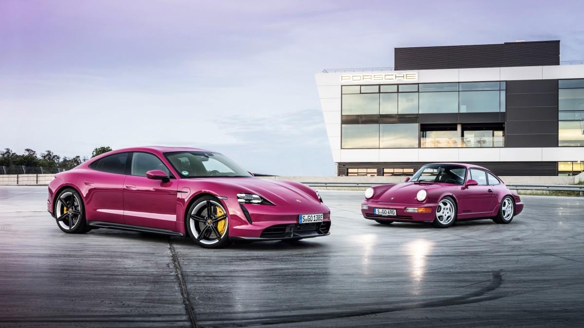Porsche Taycan in Rubystar